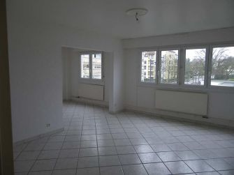 Location appartement SABLON - photo